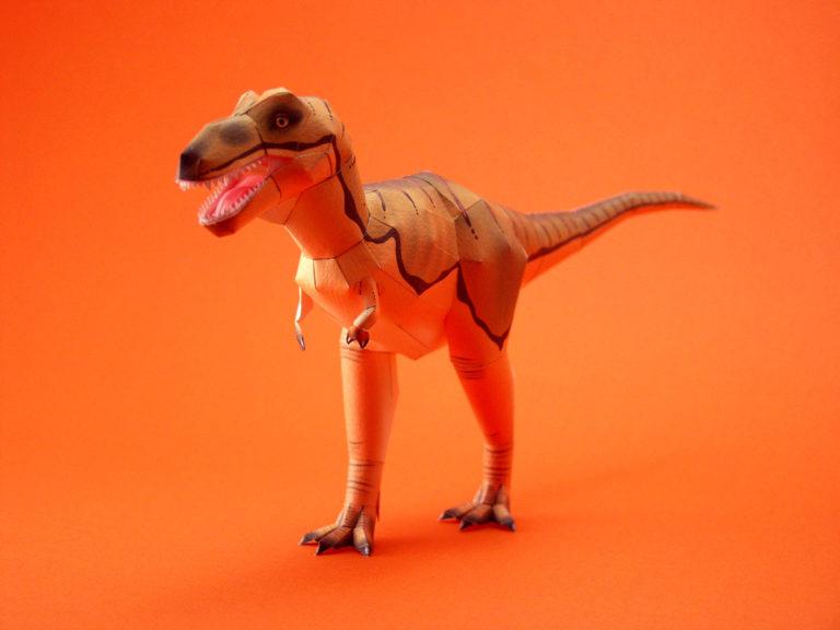 雑誌Windows100%にCDに付属された、動物と恐竜のペーパークラフト。